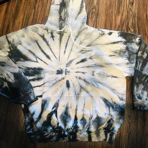 Overhead hooded sweatshirt